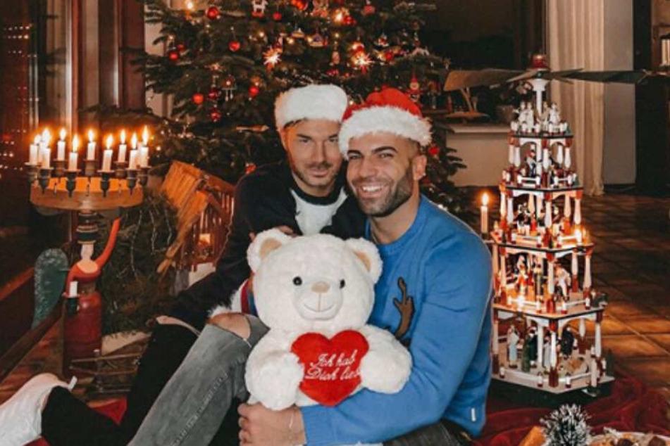 Für Sam und Rafi ist das größte Weihnachtsgeschenk die Liebe.
