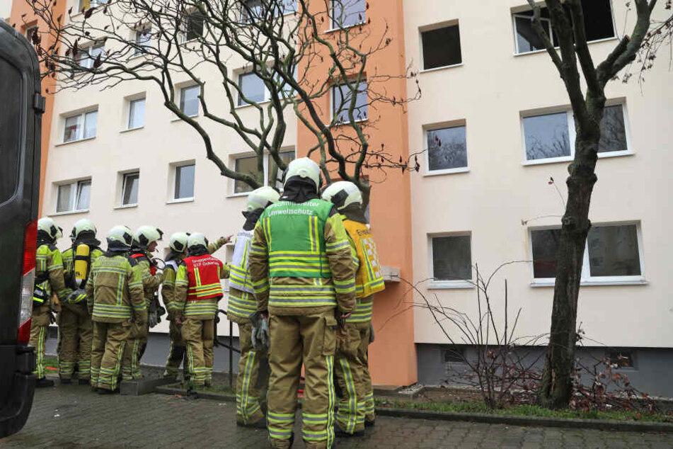 44 Einsatzkräfte der Feuerwehr waren vor Ort.