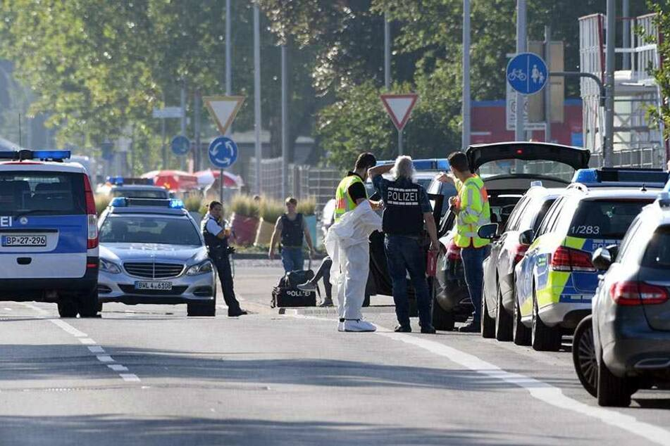 Die Polizei mit Spezialkräften vor Ort.
