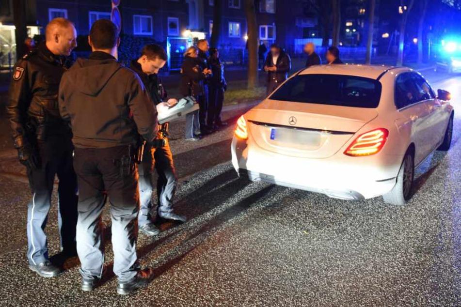 Die Polizei kontrollierte die Fahrer ganz genau. (Symbolbild)