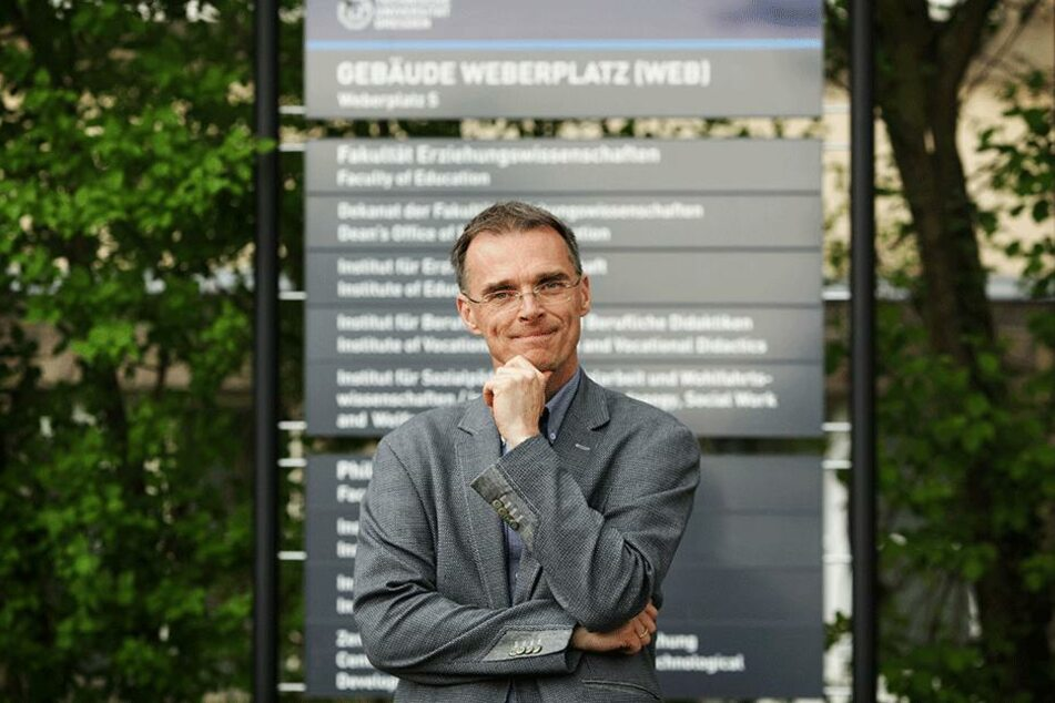 Der Dresdner Didaktik-Professor Rolf Koerber (51) hofft auf mehr Studenten.