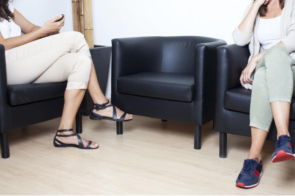 Völlig eskaliert ist am Montagnachmittag ein Streit zwischen mehreren Frauen in einer Arztpraxis im österreichischen Graz. (Symbolbild)