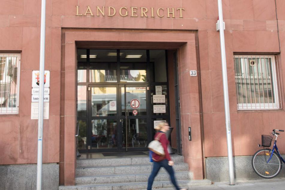 Der Fall wird vor dem Landgericht Frankenthal verhandelt.