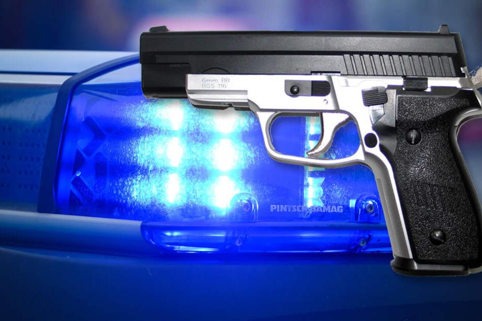 Die Polizei konnte Kugeln von Softair-Waffen am Tatort sicherstellen.