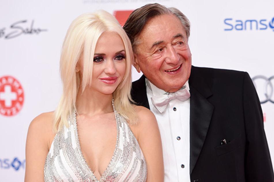 Richard Lugner (84) ist stinksauer auf seine Ex Cathy (27).