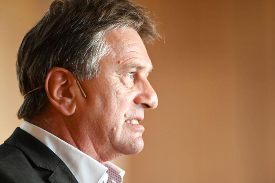 Sozialminister Manne Lucha (58, Grüne) war wegen der Aufklärung um die Fördermittel unter Druck geraten.