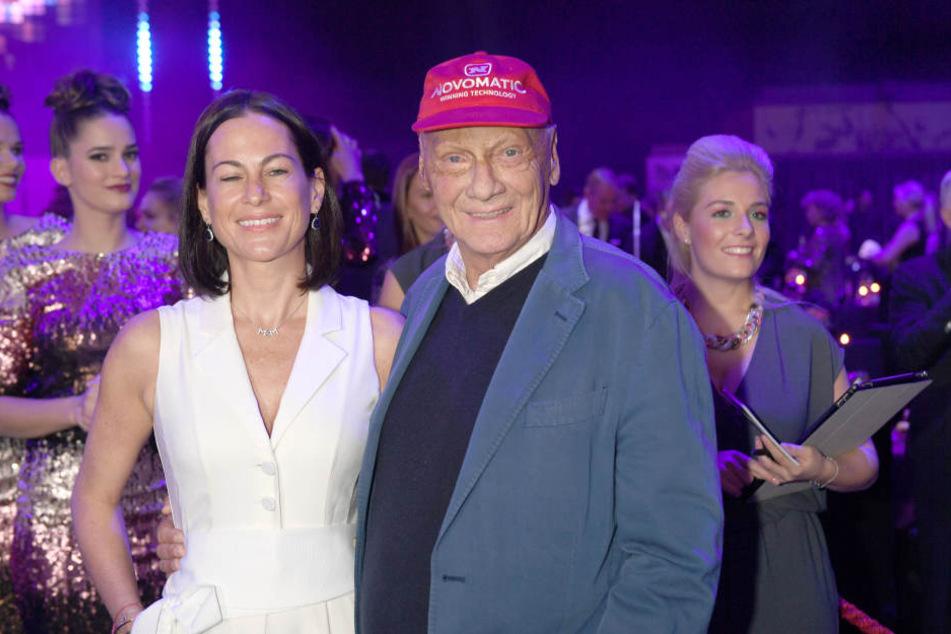 Niki Lauda (69) und seine Frau Birgit (40).