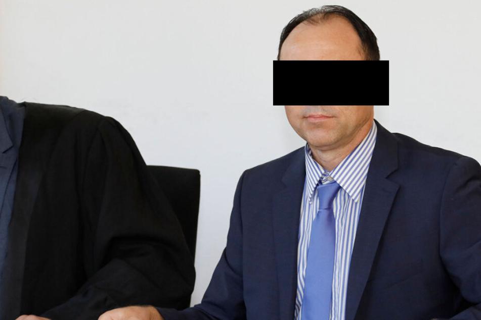 Tobias B. (51) bekam vom Landgericht Chemnitz eine Bewährungsstrafe aufgebrummt. Eine Revision wird derzeit geprüft.