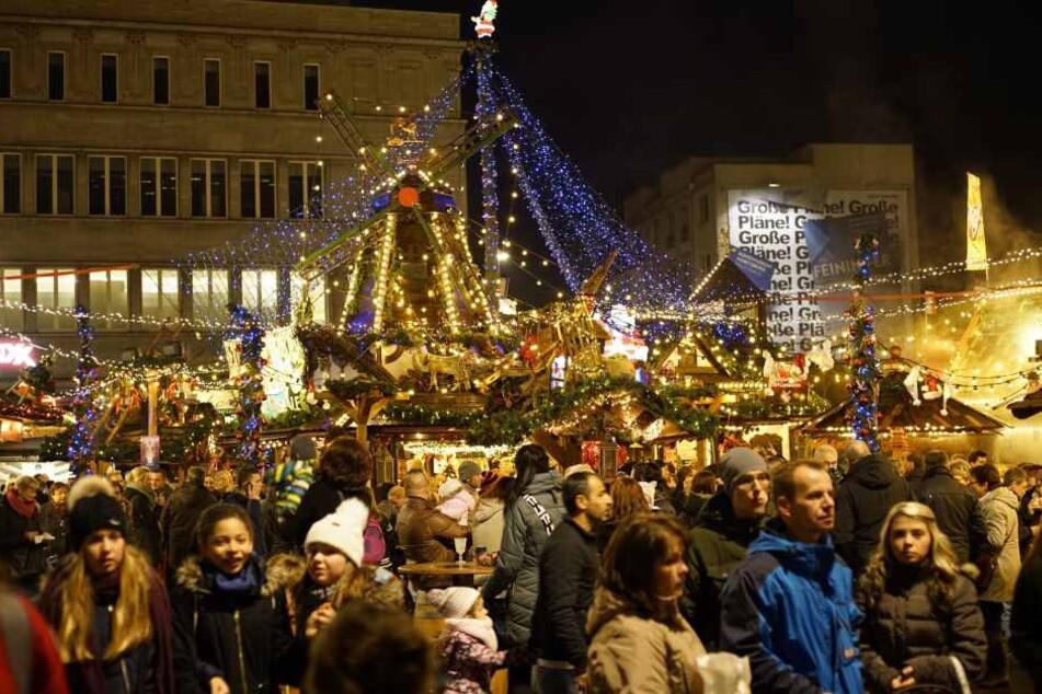Ein zwölfjähriger Deutsch-Iraker soll einen Nagelbombenanschlag auf den Weihnachtsmarkt in Ludwigshafen am Rhein zu verüben (Symbolbild).