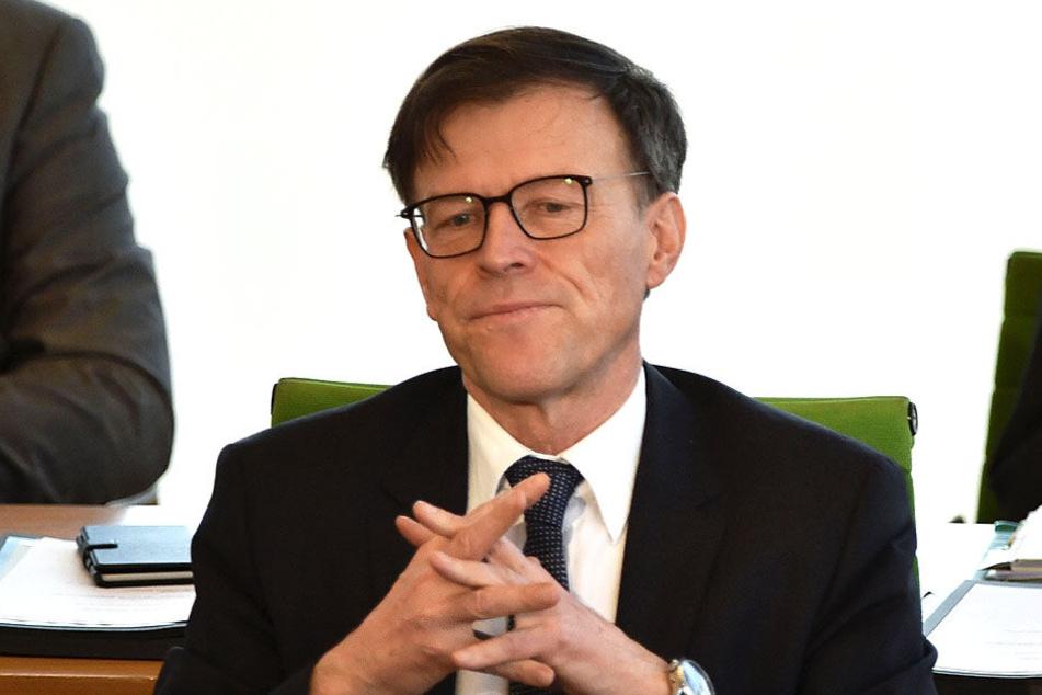 Dr. Matthias Rößler (64, CDU) hat das Amt seit 2009 inne.
