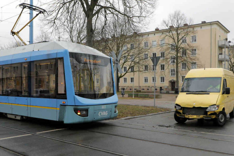 Der Unfall passierte an der Kreuzung Brauhausstraße/Annenstraße.