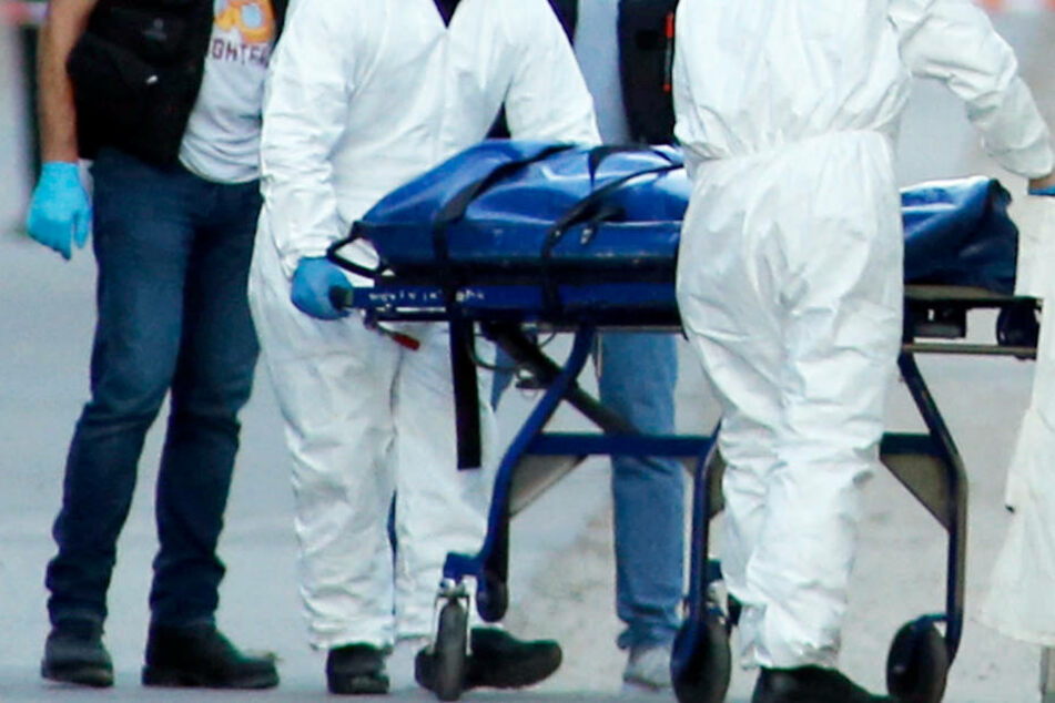 Der Jugendliche starb noch am Tatort (Symbolbild).
