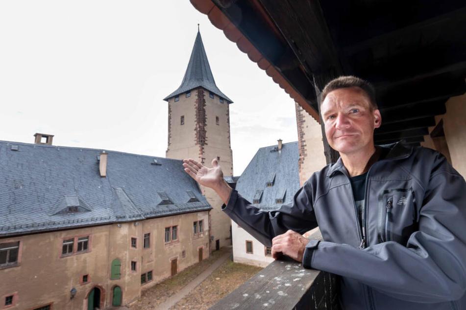 Schloss-Leiter Peter Knierriem (53) freut sich über die neuen Gäste von Schloss Rochlitz.