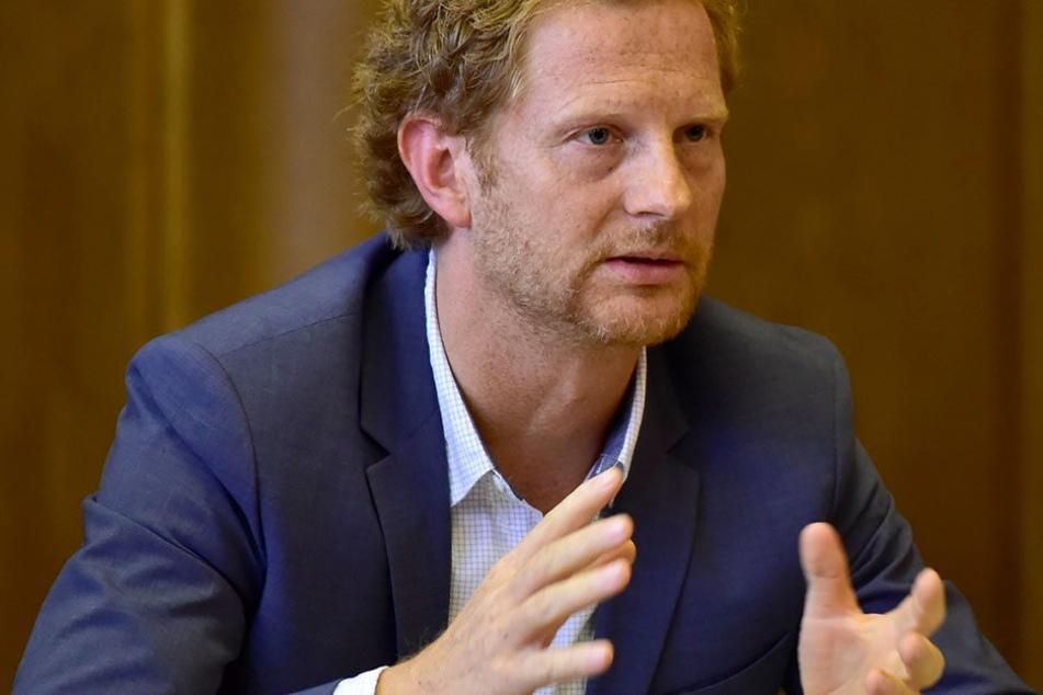 Drei neue Tempo-30-Zonen will Baudezernent Michael Stötzer (44, Grüne)  schaffen.