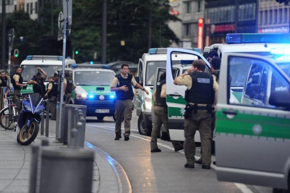Da der 15-jährige Österreicher rechtzeitig die Polizei alarmierte, konnte der Amoklauf verhindert werden. (Symbolbild)