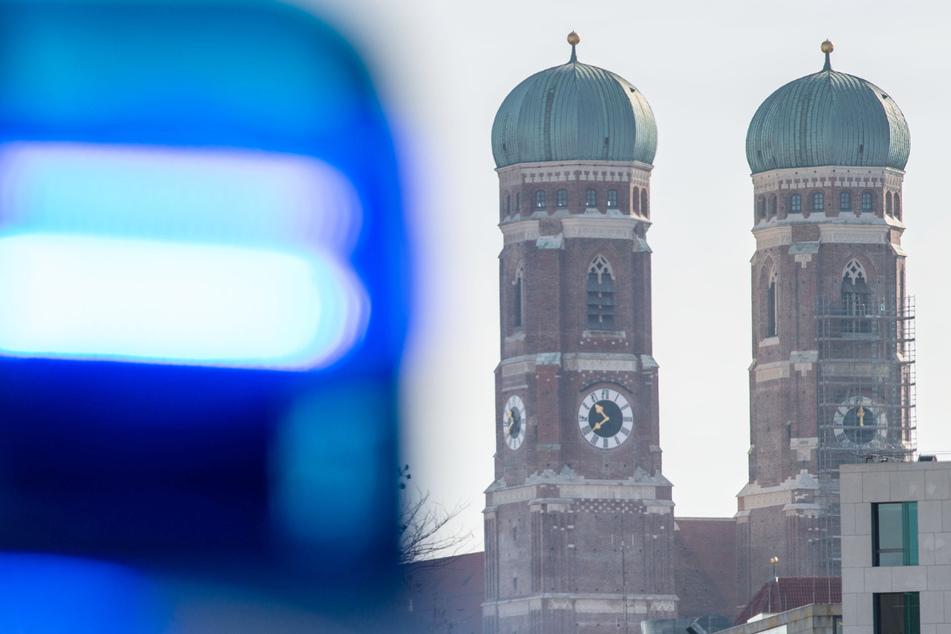 Bei einer Verkehrskontrolle in der bayerischen Landeshauptstadt München hat ein Polizist auf einen Porsche-Fahrer geschossen. (Symbolbild)