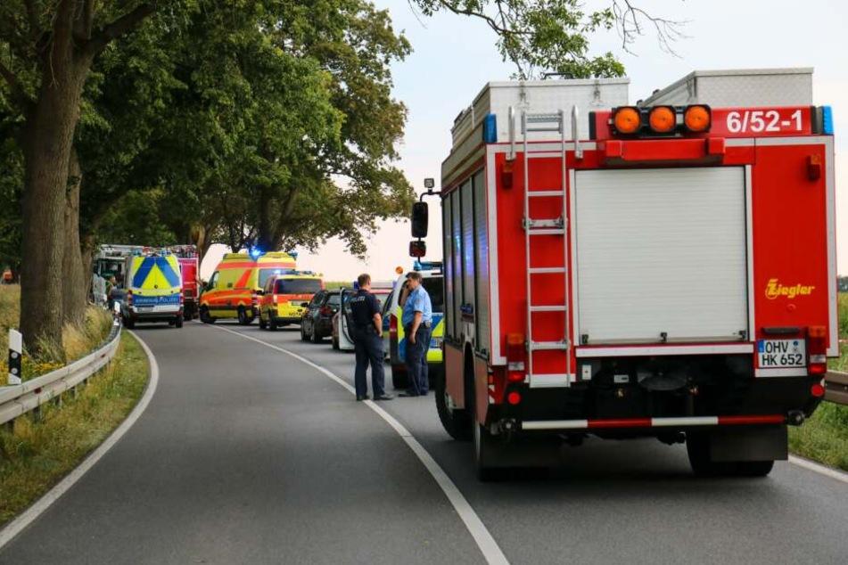 Auf der B96 bei Oranienburg ist es zu einem tragischen Unfall gekommen.