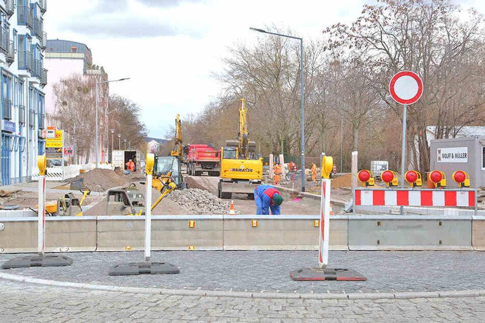 Eine Straßenbaustelle an der Dresdner Dürerstraße.