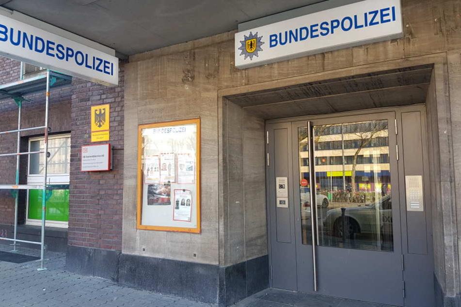 Die Bundespolizei im Düsseldorfer Hauptbahnhof hatte in Laus-Problem.