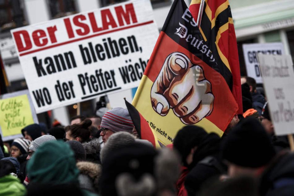 Große Teile der Bielefelder Innenstadt werden wegen der Nazi-Demo zur Sperrzone. Dies könnte fatale Folgen für den Einzelhandel haben. (Symbolbild)