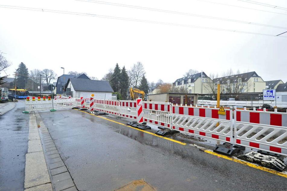 Im Januar sackte die Fahrbahn der Limbacher Straße nach einem Wasserrohrbruch ab.