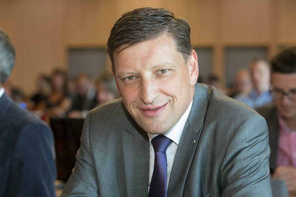 Jens Genschmar (49, FDP) will für die Freien Wähler in den Stadtrat.