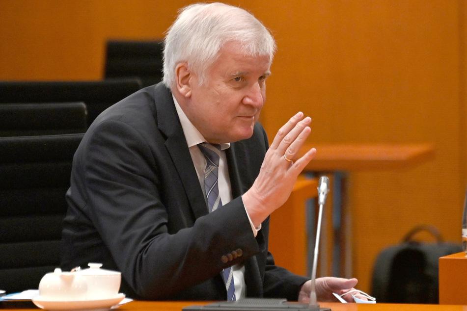 Bundesbauminister Horst Seehofer (71, CSU) begrüßte die Entscheidung.