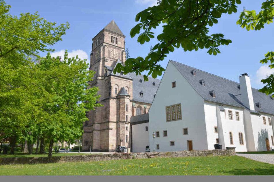 Das Schloßbergmuseum ab sofort zeigt eine Ausstellung mit 300 Exponaten aus Karl-Marx-Stadt.