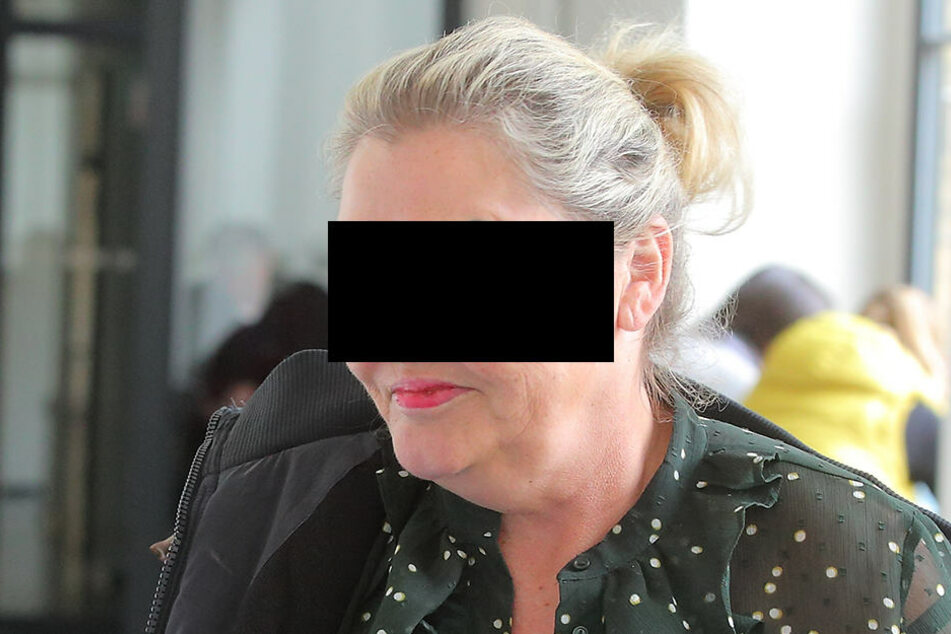 Petra D. (55) muss insgesamt 3000 Euro für die Einstellung ihres Verfahrens zahlen.