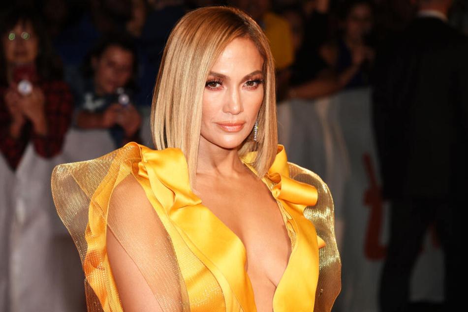 Jennifer Lopez kann sich immer noch sehen lassen