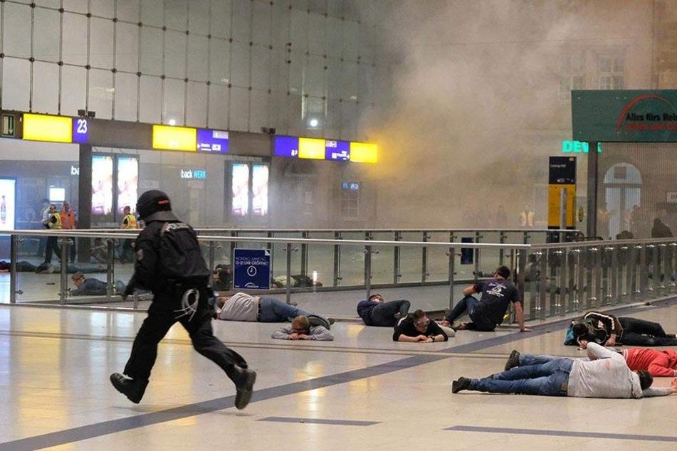 So heftig lief die Anti-Terror-Übung im Hauptbahnhof