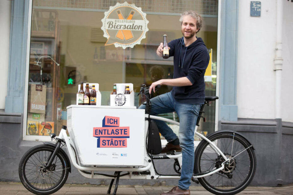 Frank Loddemann düst drei Monate lang mit einem E-Bike durch die Stadt.