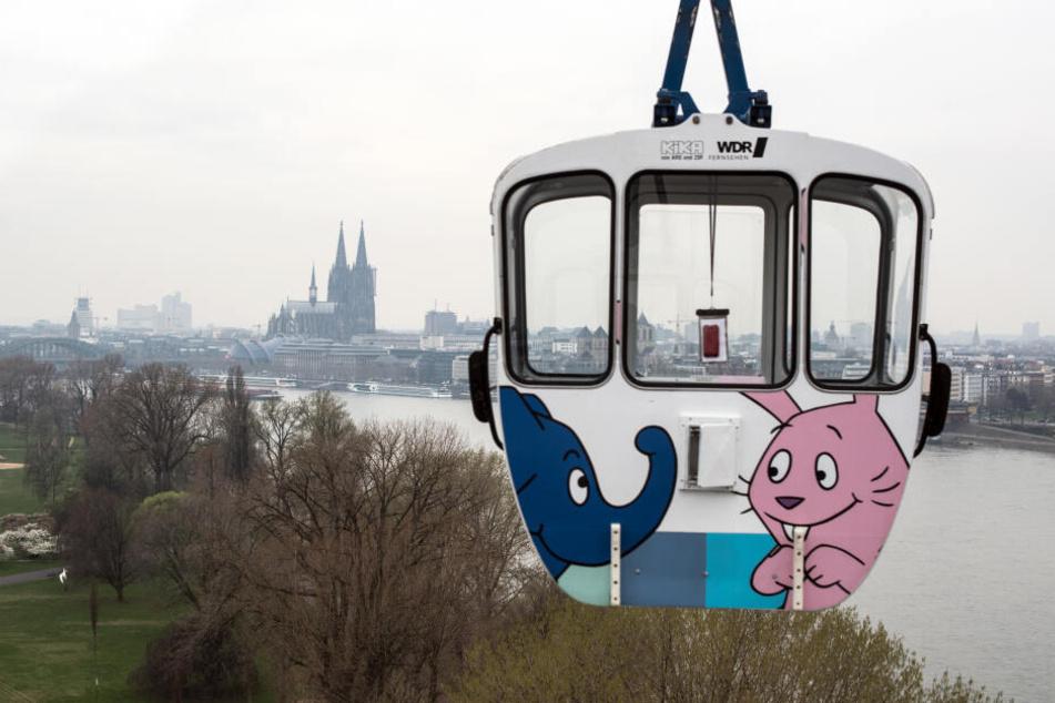 Die Kölner Seilbahn hat ihren Betrieb wieder aufgenommen.