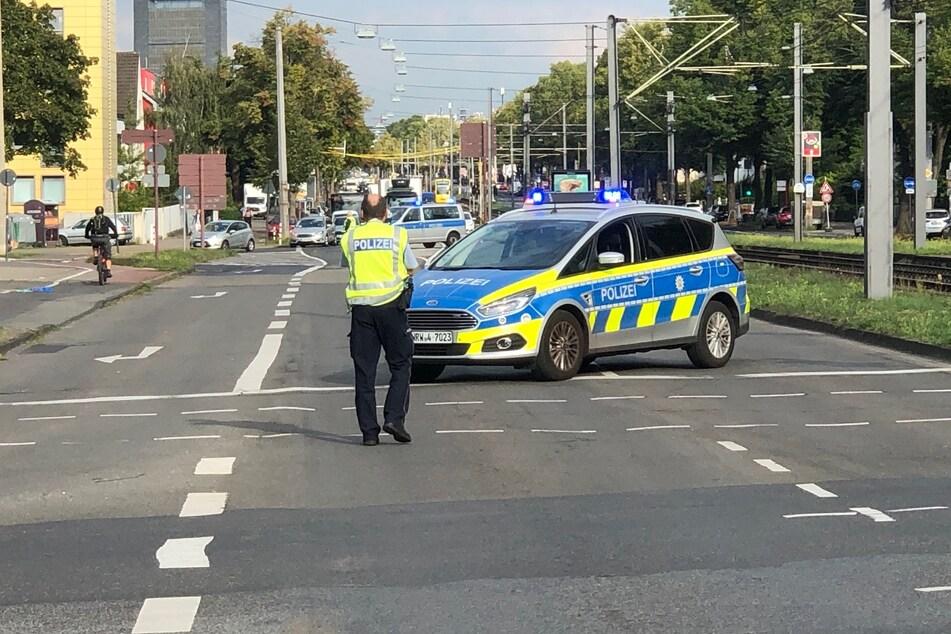 Die Aachener Straße wurde im Zuge der Evakuierungsmaßnahmen gesperrt.