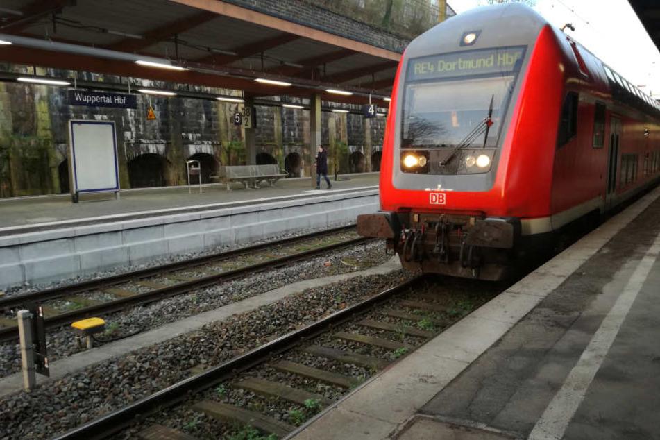 Der schlimme Vorfall geschah im Wuppertaler Hauptbahnhof (Symbolbild).
