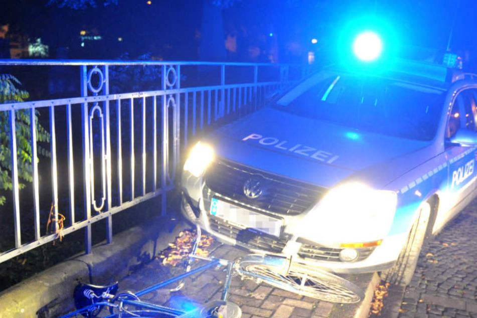 Der Autofahrer raste über mehrere rote Ampeln (Symbolfoto).
