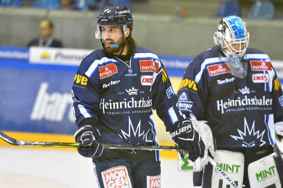 Enttäuschung pur beim Eislöwen-Duo Shawn Boutin und Goalie Marco Eisenhut
