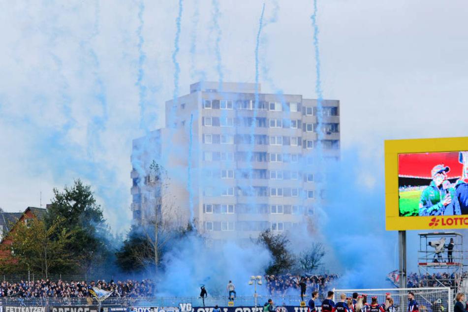 Die DSC-Anhänger zündelten im Auswärtsspiel bei Holstein Kiel.