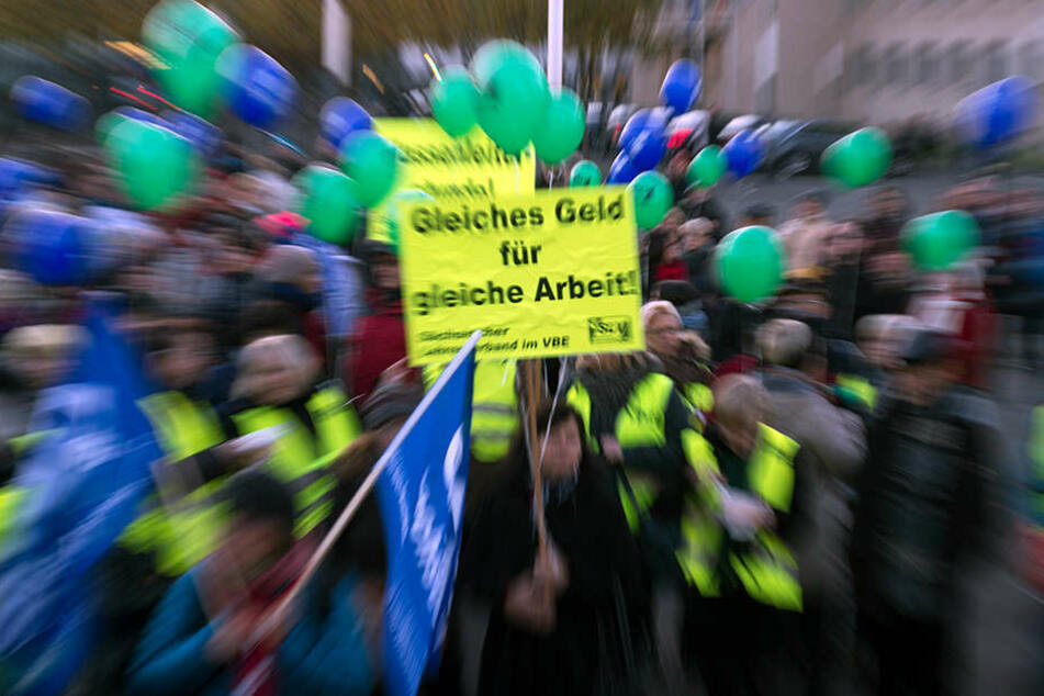 Sachsens Lehrer haben einmal mehr gegen die Bildungspolitik im Freistaat  demonstriert