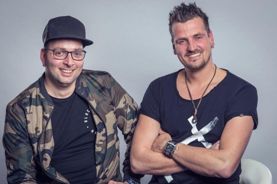 """Haben gut Lachen: Das DJ-Duo Stereoact knackte mit ihrer Single """"Nummer Eins"""" die 20 Millionen-Marke bei Spotify"""