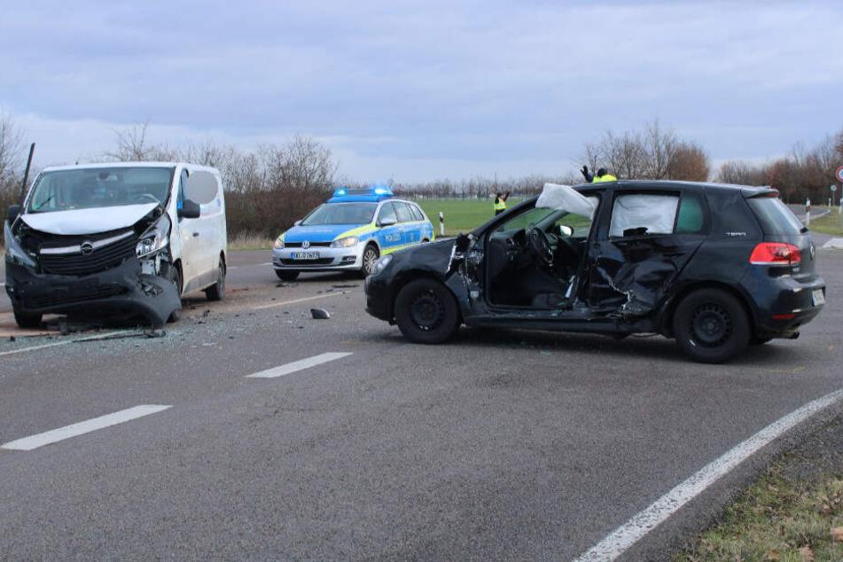 Auf einer Kreuzung kam es zum fatalen Zusammenstoß.