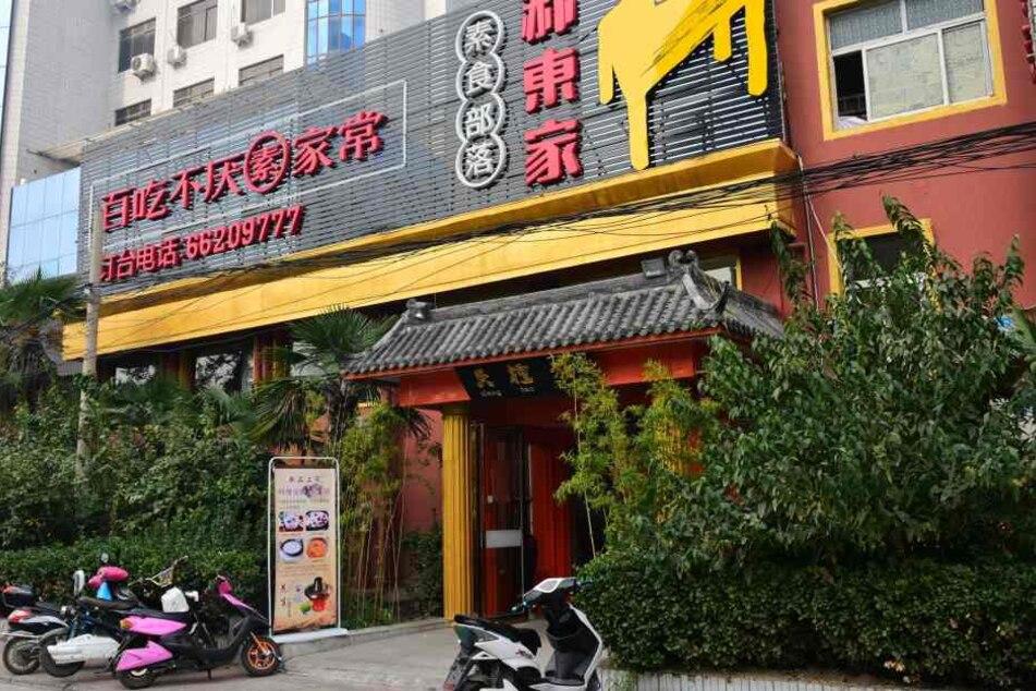 Im China-Restaurant übernahm ein fremder Gast überraschend die Rechnung einer Familie.