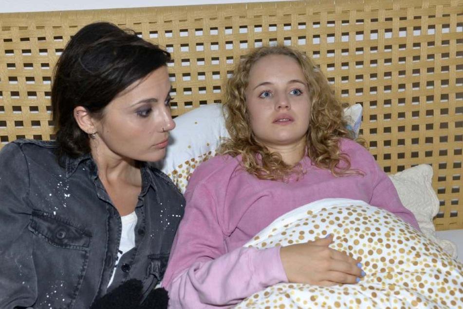 Jule mit ihrer Halbschwester Anni.