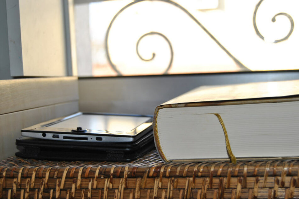 Schwere Zeiten für Buchhandlungen: E-Reader verdrängen Bücher und große Internetriesen kleine inhabergeführte Bücherläden.