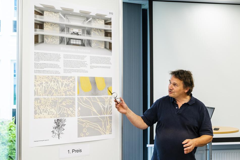 Chemnitz: Neue Oberschule am Hartmannplatz: Blattgold-Kunst für die Pausenhalle