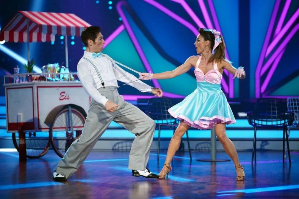 """Nazan Eckes (42) und Christian Polanc (41) bei ihrer Performance im Halbfinale von """"Let's Dance""""."""