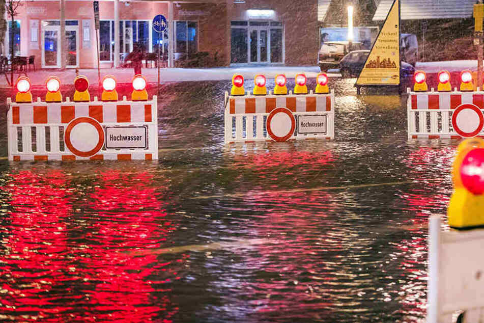 Die Ostseeküste traf in der Nacht zum Donnerstag eine heftige Sturmflut.
