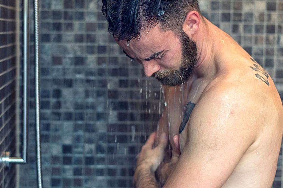 Duschst Du oft, solltest Du zumindest mit Seife sparsam sein...