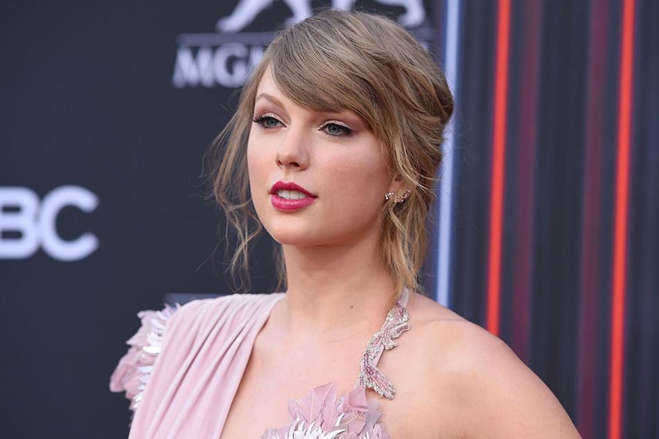 Taylor Swift (28) fordert alle ihre Follower auf, wählen zu gehen und die Stimme dem Kandidaten zu geben, der am ehesten mit den eigenen Werten übereinstimmt.