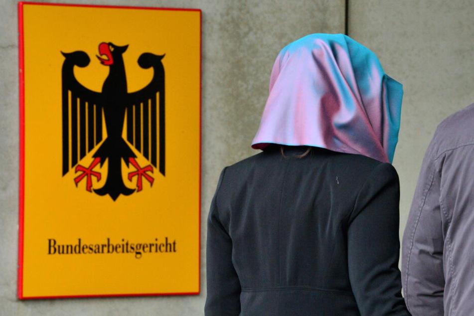 Der Fall der jungen Muslimin landet nun vor dem Bundesarbeitsgericht. (Symbolbild)